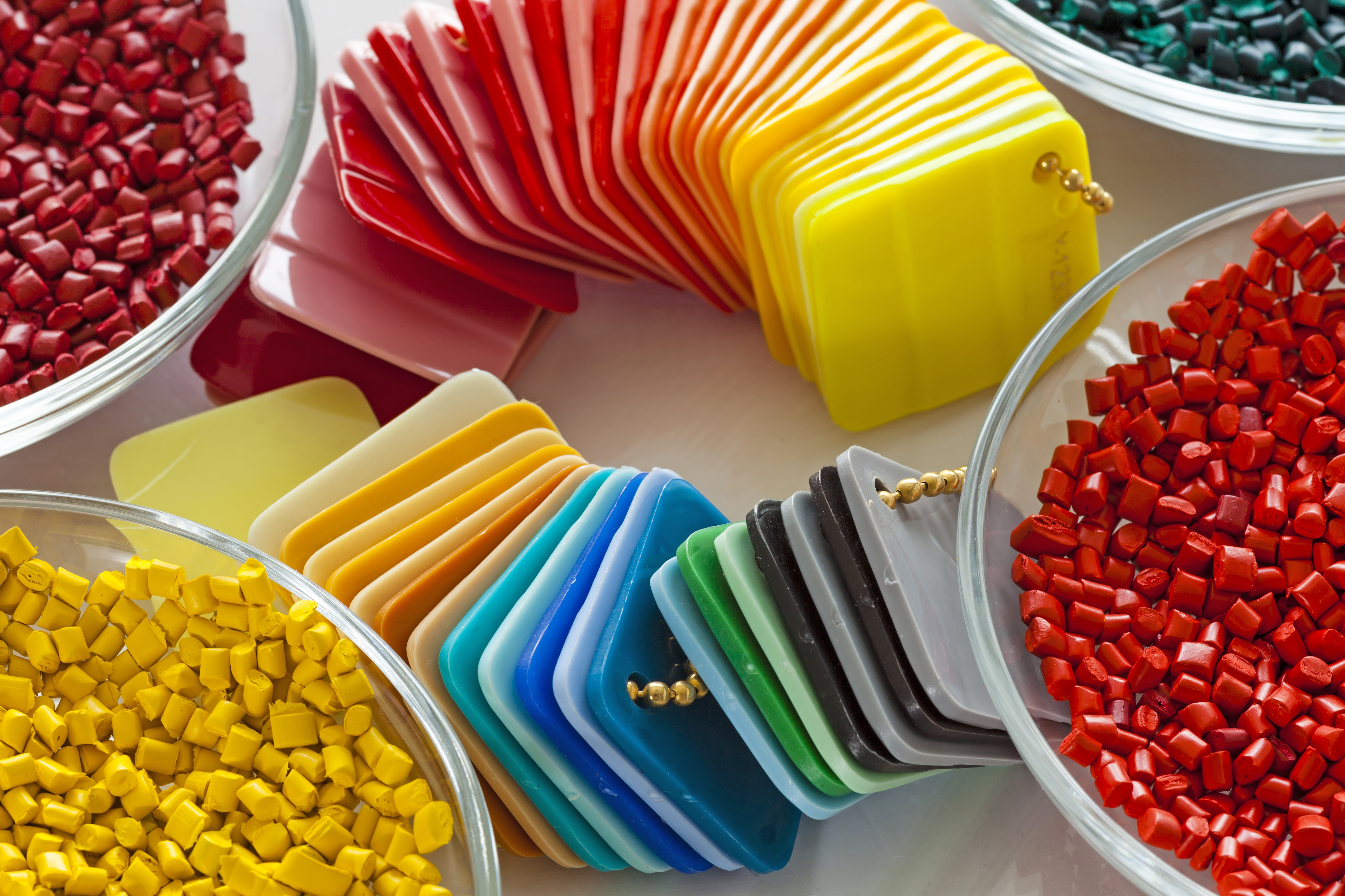 Plastics_For_CNC_3D_Printing_and_Injection_Molding-1.jpg